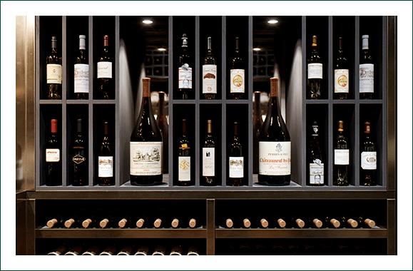 Cava con vinos